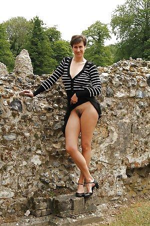 Michaela, posh and sweet amateur brunette
