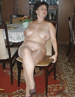 Matures milfs housewives 17