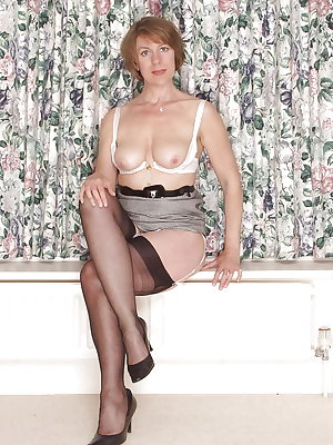 Best pro matures wearing white panties 22-Lovely Miss Jones.