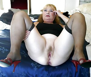 Horny Mature MILFS and Grannies