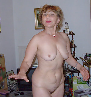 Sexy mom slut wants dick and she gets it from both sides like a true slut