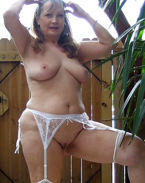 Sexy housewife showing off her hot body