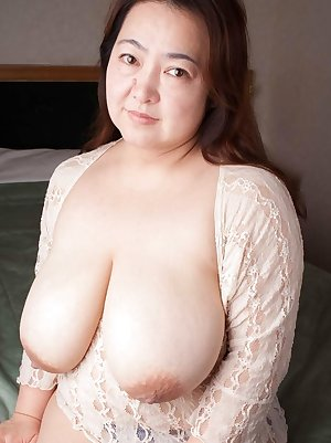 Shaved mom pussy nailed
