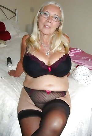 She just craves a mouth full of fresh cum