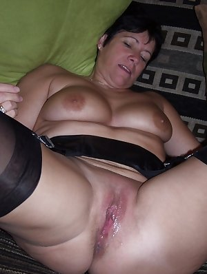 She might be a bit older, but she is horny as hell
