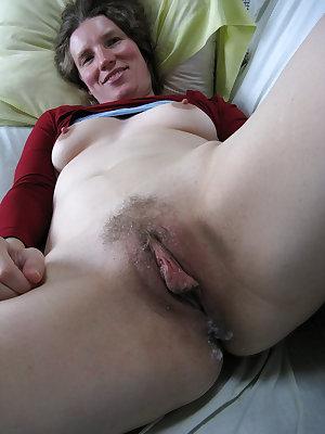She really wants his fat boner