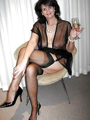 Best mature amateur ladies 11.