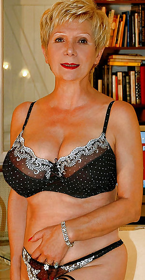 Busty Mature French Wife Ghislaine 2