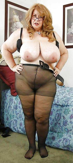 Granny pantyhose IBSTROKING!!!!!!!