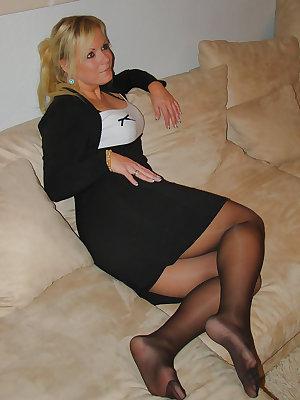 sexy mature ladies 133 (sexy dressed)