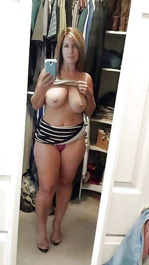 Naughty Moms & Milfs