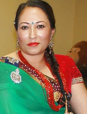 Sexy Mature Aunties (indian and nepali)