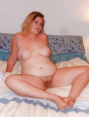 Sexy mom Karol play with tits and dick