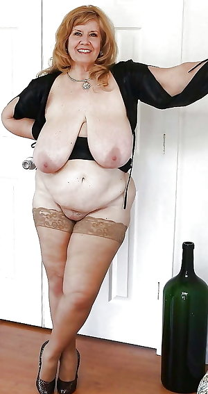 Horny mature house wife porn