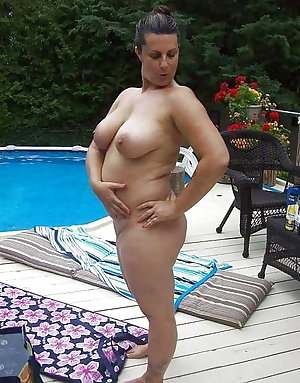 Free pictures of nude wives