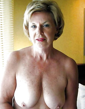 Mature takes cumshots after threesome