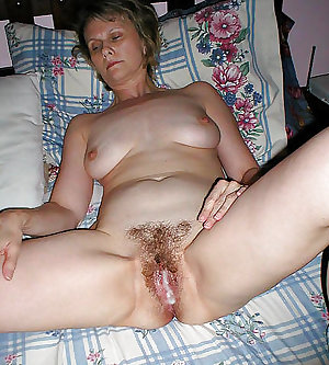Amateur Hairy Mature Moms Milf Spreading IIII