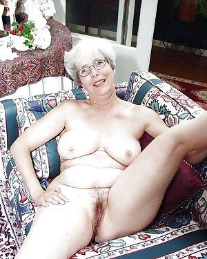 Mature Amateur Ladies 12