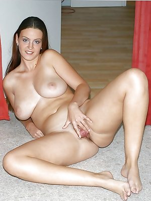 Sexy Matures, Milfs, Gilfs & Wifes - 11