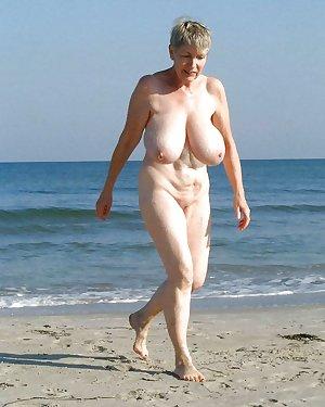 BBW Mature Nudist