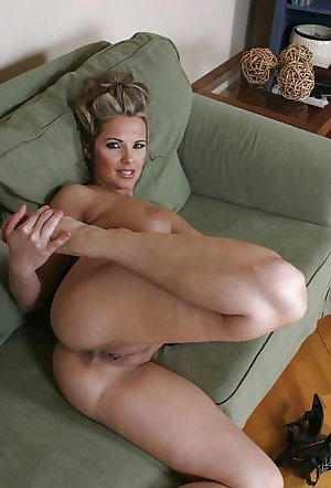 Amateur Mature Sexy Wives 2
