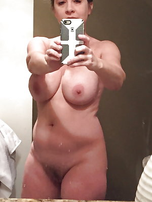 Amateur Mature Sexy Wives 16