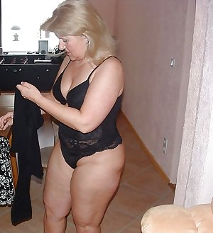 Matures moms aunts and wives 102