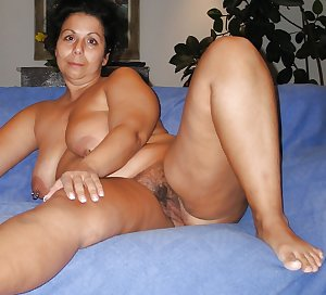 Matures of all shapes and sizes hairy and shaved 355