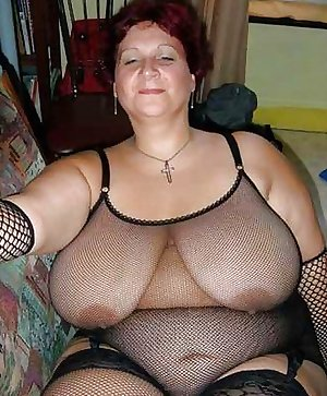 GRANNIES MATURES BIG BOOBS BBW