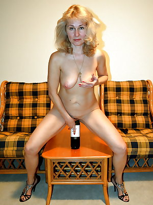 Amateur Mature Sexy Wives 18