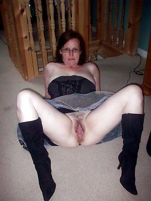 sexy mature ladies 132