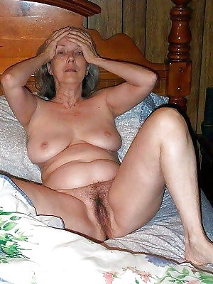 Amateur Mature Sexy Wives 15