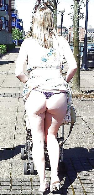 Candid Up skirt - Panty - Ass Voyeur - Sexy Legs