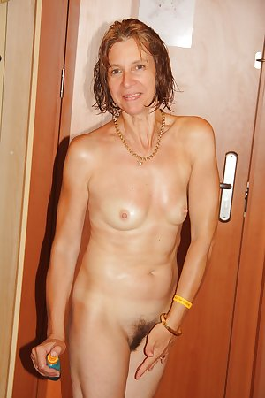 Matures of all shapes and sizes hairy and shaved 400