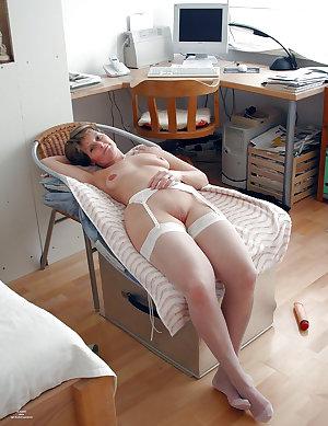 sexy mature ladies 108