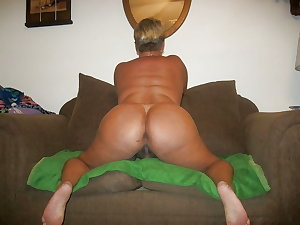 Amateur Mature Sexy Wives 20