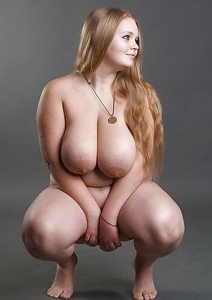 Beautiful curvy women 5