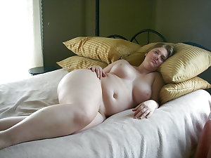 Beautiful curvy women 5