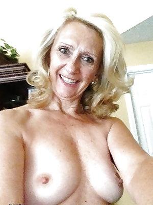 Sexy Grannies Id love to watch take black cocks