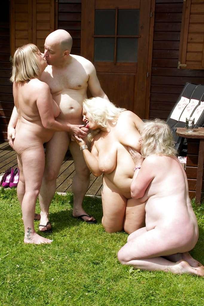 если на природе полные женщины развлекаются удобства